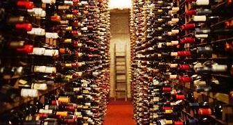 Kinh doanh rượu